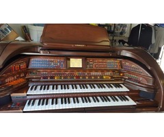 Beautiful Lowry Royale SU-500 Organ