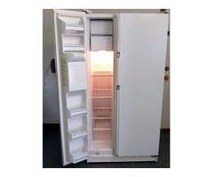 Kenmore side by side refrigerator / freezer