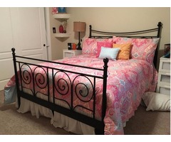 Like New Queen Size Metal Bed Frame