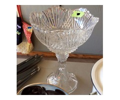 Stunning Beautiful Crystal Punch Bowl or Centerpiece