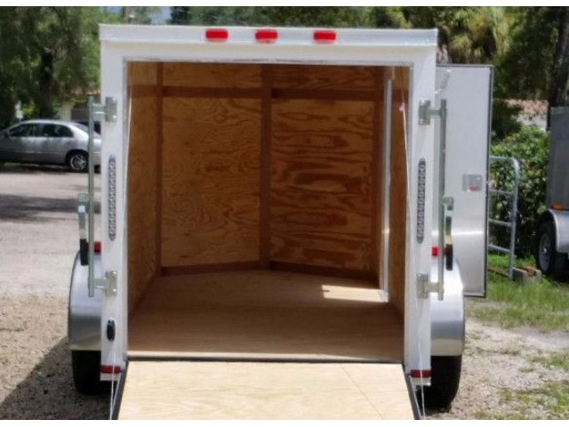 Enclosed Trailer  Ft With Vnose And Rv Side Door For Sale
