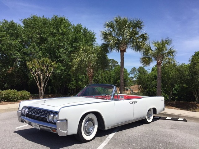 1962LincolnContinentalConvertible