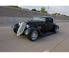 1933 ReplicaKit Makes Factory Five Ford Hot Rod