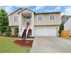 Great 4 Bedroom Home W/ Gorgeous Features! Large 2 Car Garage