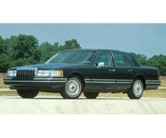 NICE 1991 Lincoln Town Car - RUNS GREAT