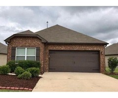 SINGLE FAMILY HOME IS AVAILABLE FOR MONTHLY RENT 4703 Rosser Loop Dr