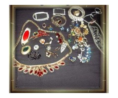 Jewelry / Watches / Vintage/ Signature Pieces