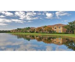 Palm Beach Gardens Luxury Apartment