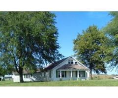 House, 6 barns, pond, house