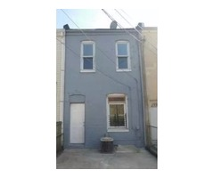 Classic row home in Baltimore City, just minutes from Johns Hopkins