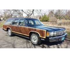 1991 Ford Crown Victoria Country Squire LX Station Wagon