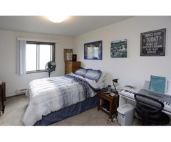 Gorgeous 2 Bedroom With Phenomenal Special