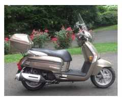 2015 Kymco Like 200cc-with 125 original miles