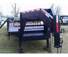 40 ft Gooseneck trailer straight deck