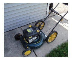 """22"""" Craftsman Lawn Mower with 6 HP Briggs & Stratton Engine"""