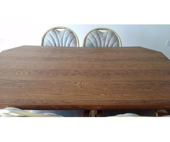 This dinning room table is in good shape