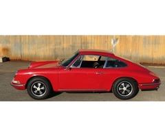 1966 Porsche 911 red