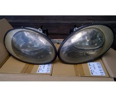 Ford Taurus headlamps