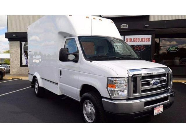 2014 ford e 350 cutaway box truck trucks commercial vehicles east greenbush new york. Black Bedroom Furniture Sets. Home Design Ideas