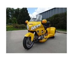 2OO9 Honda Goldwing trike