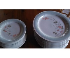 DINNER/SALAD PLATES - SET OF 24 PLATES