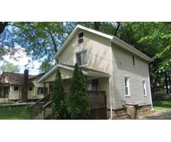 House on main , 1100 Sq ft with three bed and two bath