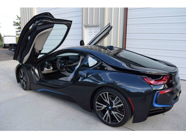 2017 Bmw I8 Base Coupe 2 Door
