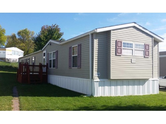 Manufactured Home for Sale - Mobile Home - Dubuque - Iowa ... on manufactured homes in iowa, mobile home dealers in iowa, davis homes mt. pleasant iowa, historic homes in iowa, luxury homes in iowa,