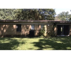 3 BD/ 2 BA Home in Clinton – Lease2Own