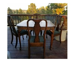 Ethan Allen Queen Anne dining table and 4 side chairs