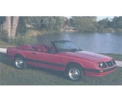 RED converitable MUSTANG