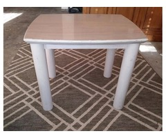 Lane furniture coffee table and end tables