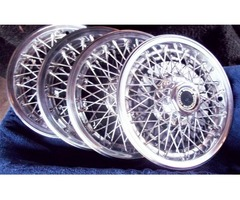GM Wire Wheel Covers (4)