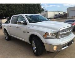 2015 Dodge Ram 1500 & No Accidents & 5-Seat Mini-Truck