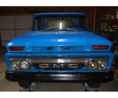 Rare 1965 GMC Short bed Truck - Roller