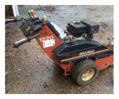 1220 Ditch Witch Trencher