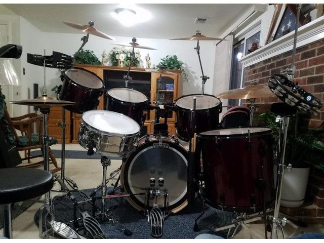 pearl drum set musical instruments alexandria virginia announcement 82538. Black Bedroom Furniture Sets. Home Design Ideas