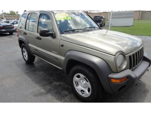 2004 jeep liberty 4x4 - suvs - marion - indiana - announcement-83205
