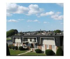 $625 / 2br - Hawthorne Woods 1,2, & 3 Bedroom units
