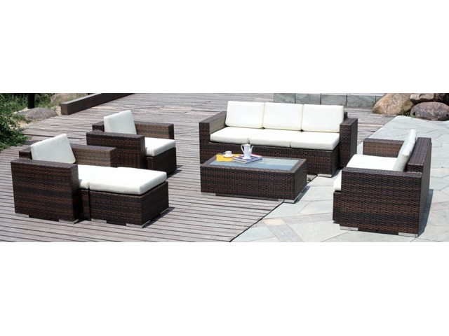 Custom Outdoor Furniture From Wholer