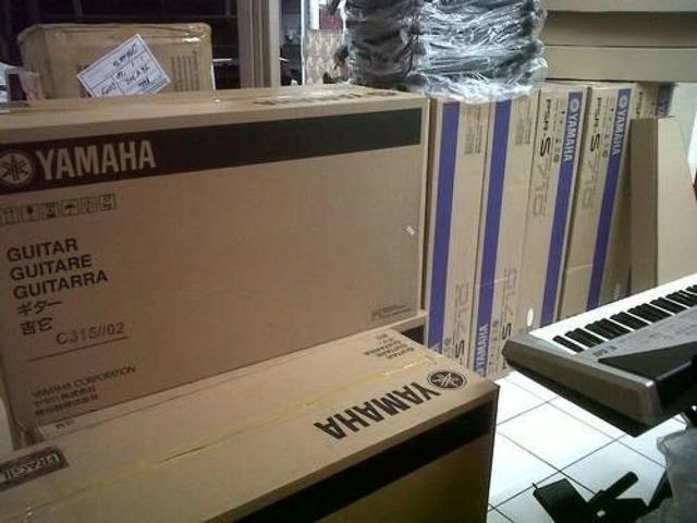selling yamaha tyros 5 workstation mackie tt system32 korg pa4x musical instruments andale. Black Bedroom Furniture Sets. Home Design Ideas