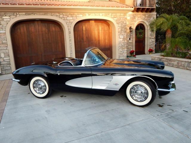 1961 Chevrolet Corvette 2 Door Convertible With Hardtop