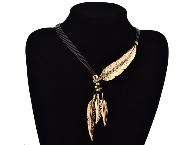 Shop Online Black Rope Feather Necklace-UPTO 30% OFF | Boutique Delight  | free-classifieds-usa.com