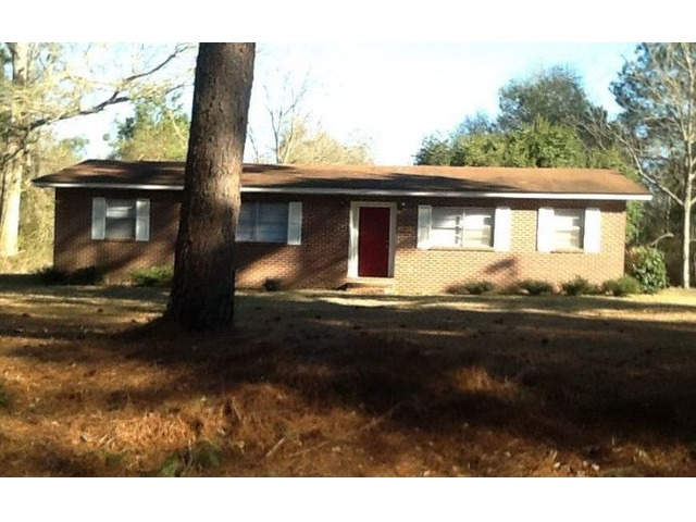 4bed/1bath house for rent near camp Shelby | free-classifieds-usa.com