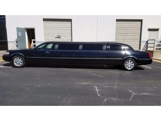 2008 Lincoln Town Car Stretch Executive Limousine Other Vehicles