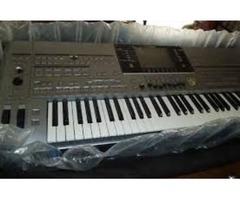 For sale Tyros5 76-key Arranger Workstation Keyboard