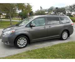 2014 Toyota Sienna Limited Mini Passenger Van 4-Door