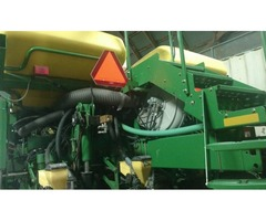 2007 John Deere 1770 12 Row Planter