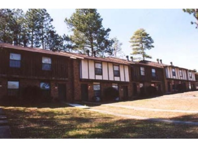 Brookwood Apartments Hattiesburg for Rent | free-classifieds-usa.com